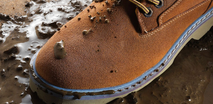 How to Waterproof Suede Shoes 1