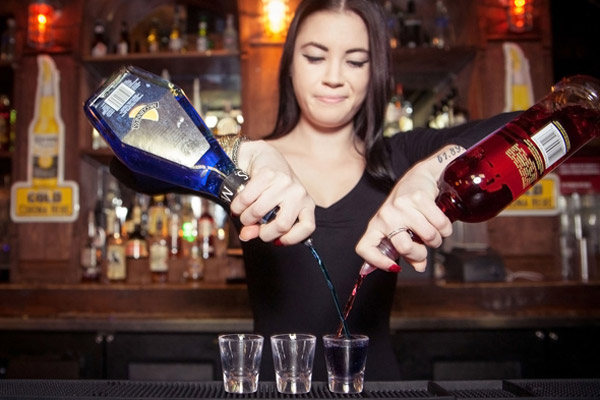 Best Shoes for Bartenders womens