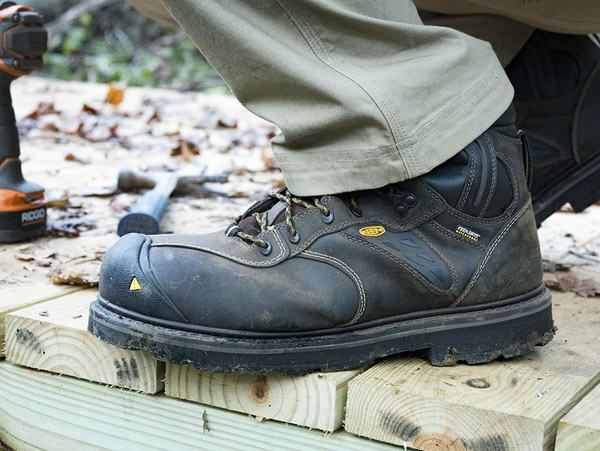 How to Make Steel Toe Boots More Comfortable socks