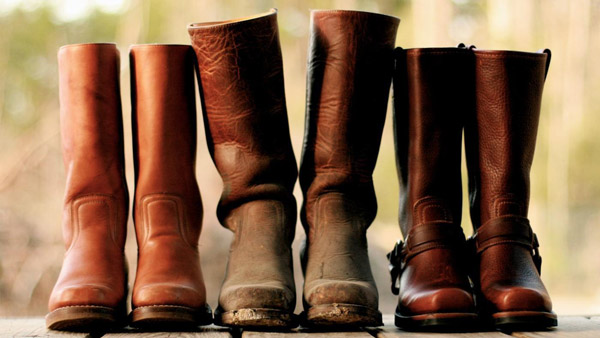 How to Shrink Leather Boots 1