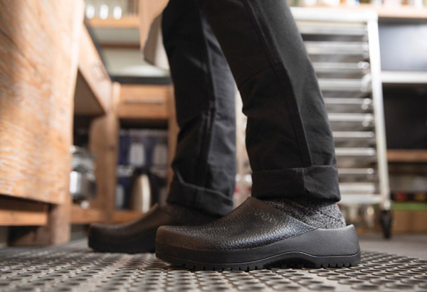 The 8 Best Kitchen Shoes – Reviews f07304db6