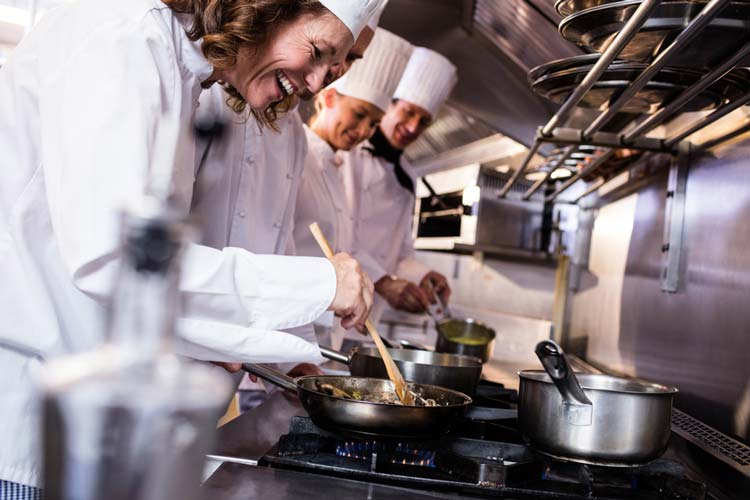 What Shoes Do Chefs Wear?