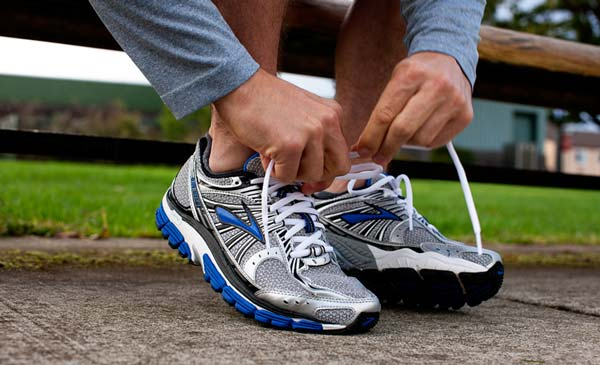 15 Best Shoes for Sciatica Problems Reviewed & Rated 2019